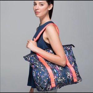Lululemon Summer Lovin' Yoga Tote Gym Bag
